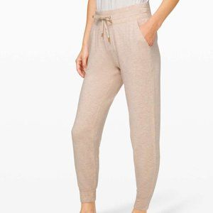 Lululemon Warm Down Jogger *Soft Touch